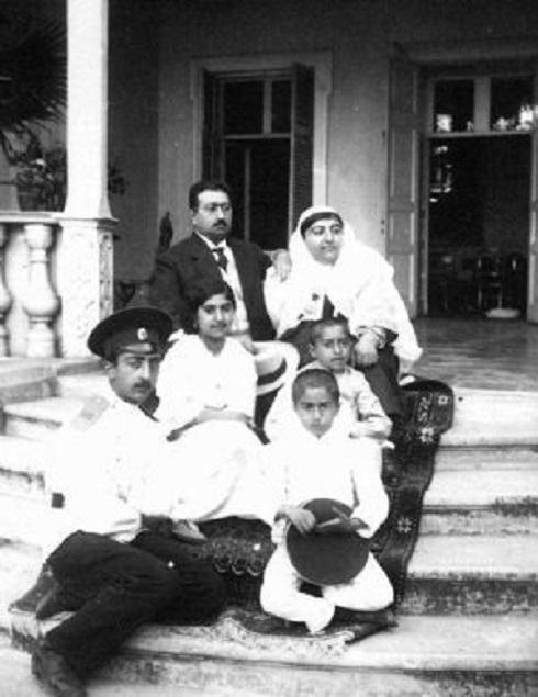 محمدعلی شاه به همراه همسر و فرزندانش، تصویر محمدعلی شاه ، تصویر ملکه جهان