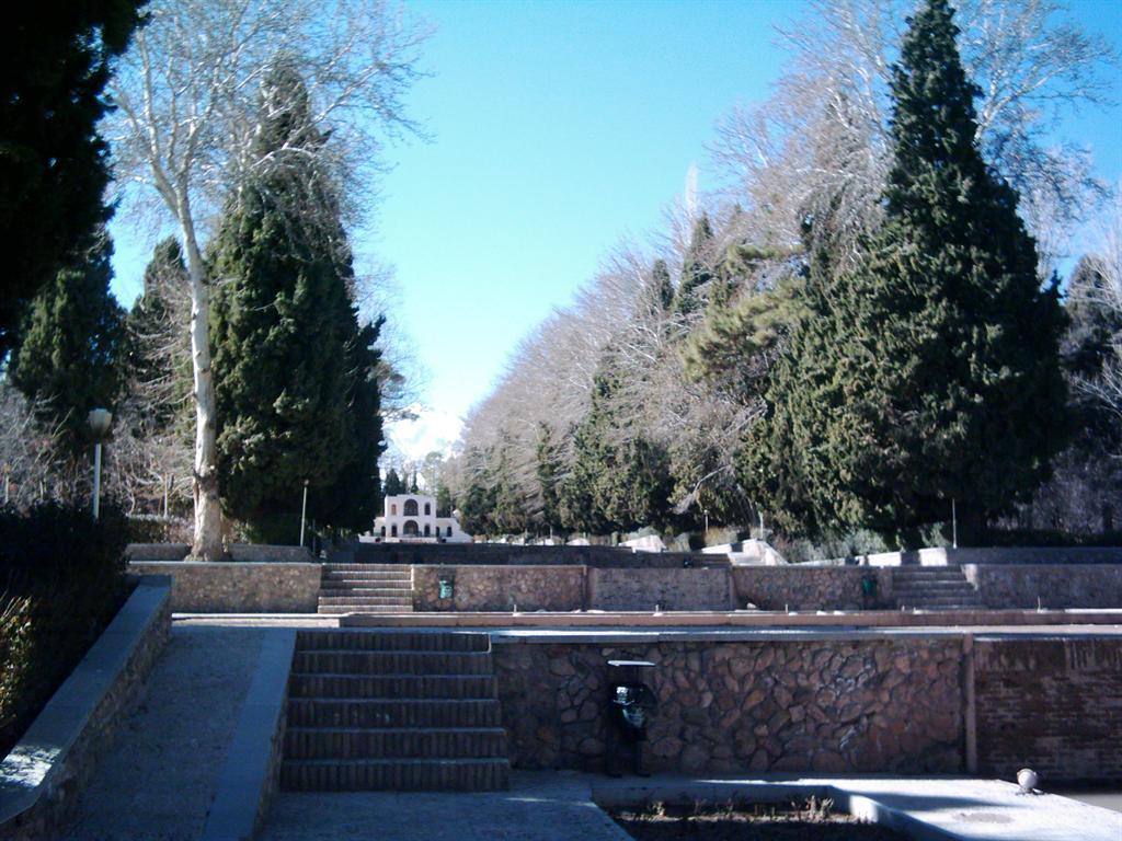 عکس باغ شاهزاده کرمان