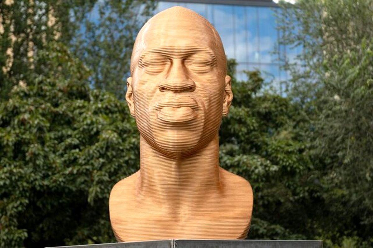 نمایش مجسمه «جورج فلوید» در نیویورک + تصاویر