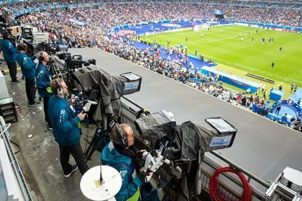 دوربین های یورو ۲۰۲۰ چشمانشان را روی جیمیجامپ بستند