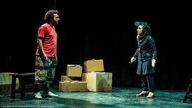 صدرا صباحی: اشکان خطیبی و نوید محمدزاده با ژست حمایت از تئاتر برای خودشان محبوبیت میخرند