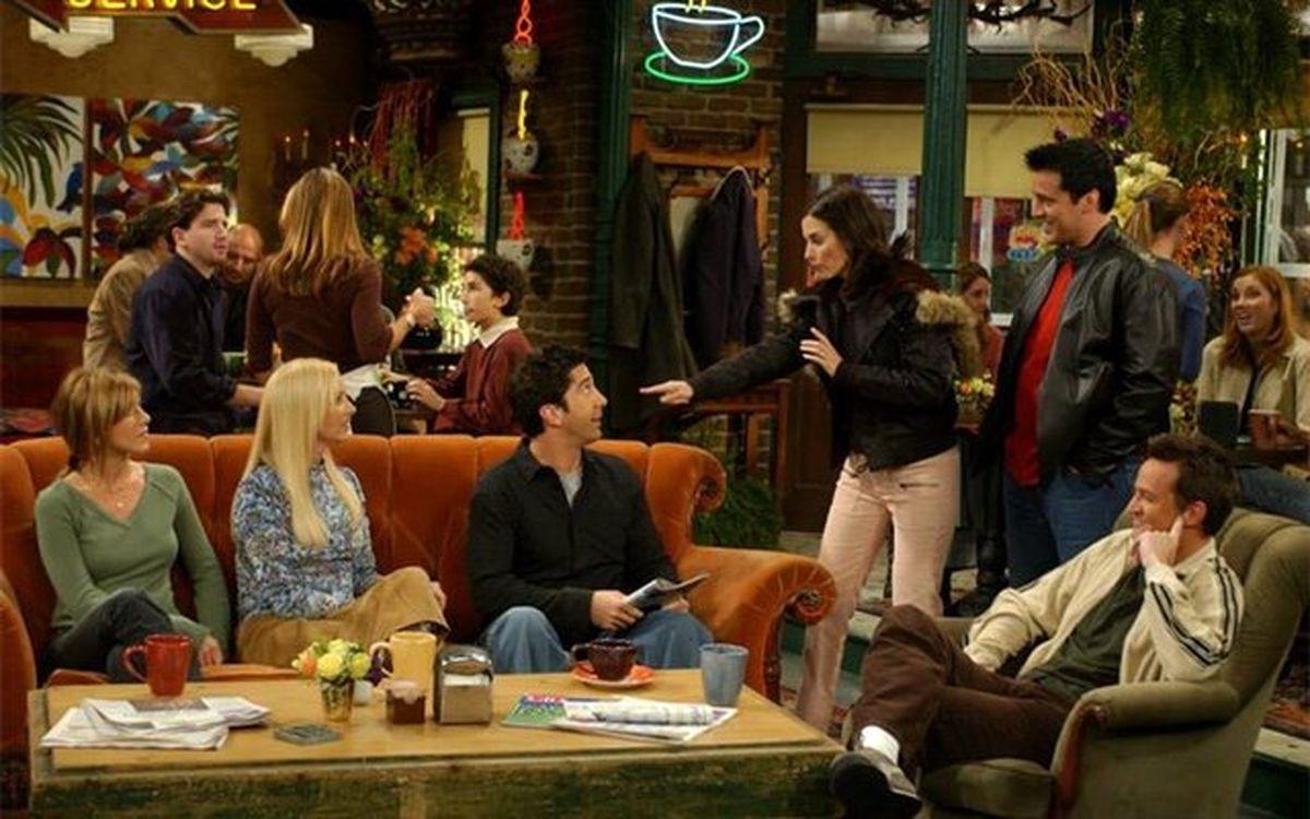 چرا سریال «فرندز» از افکت خنده استفاده می کند؟