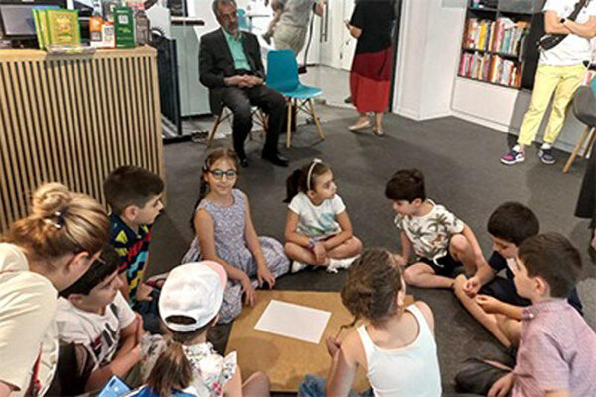 قصههای اصیل ایرانی برای کودکان ارمنستانی خوانده شد