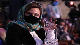 گلاره عباسی «زخم کاری» را شنیدنی کرد