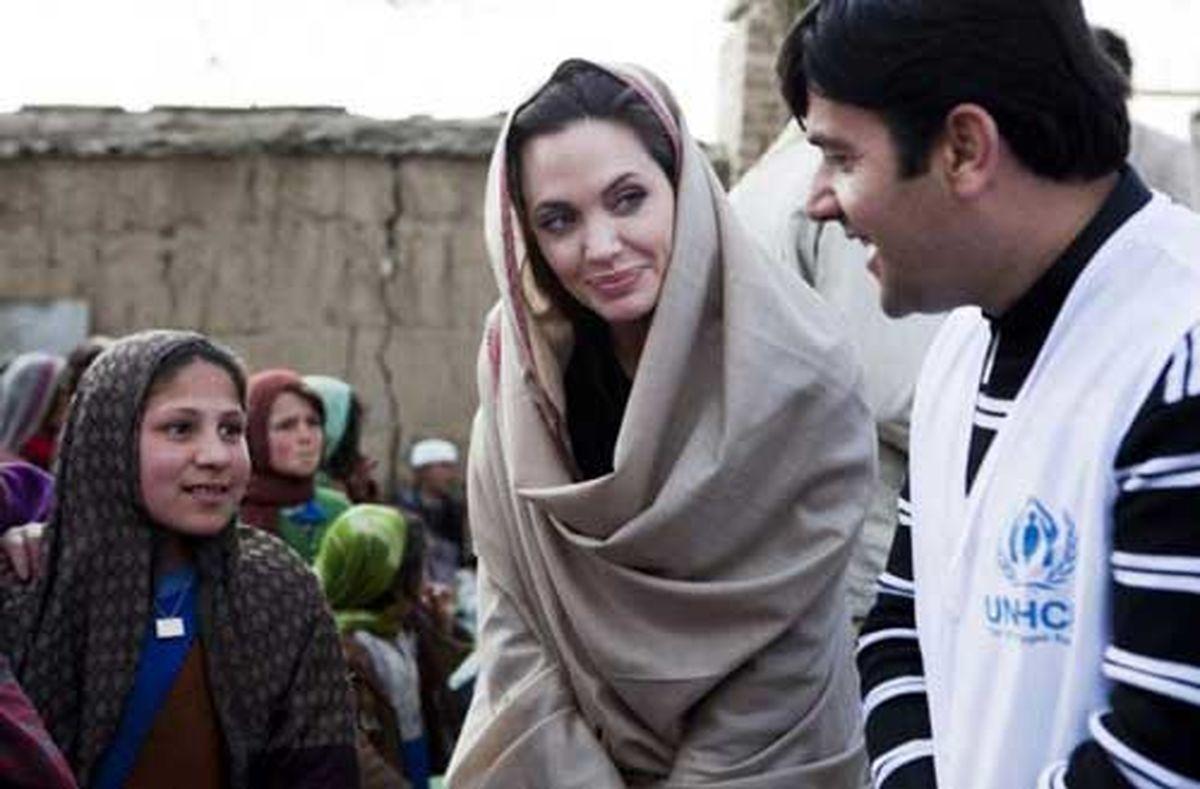 حمله عجیب و تند کیهان به آنجلینا جولی؛ او جاسوس و هرزه است